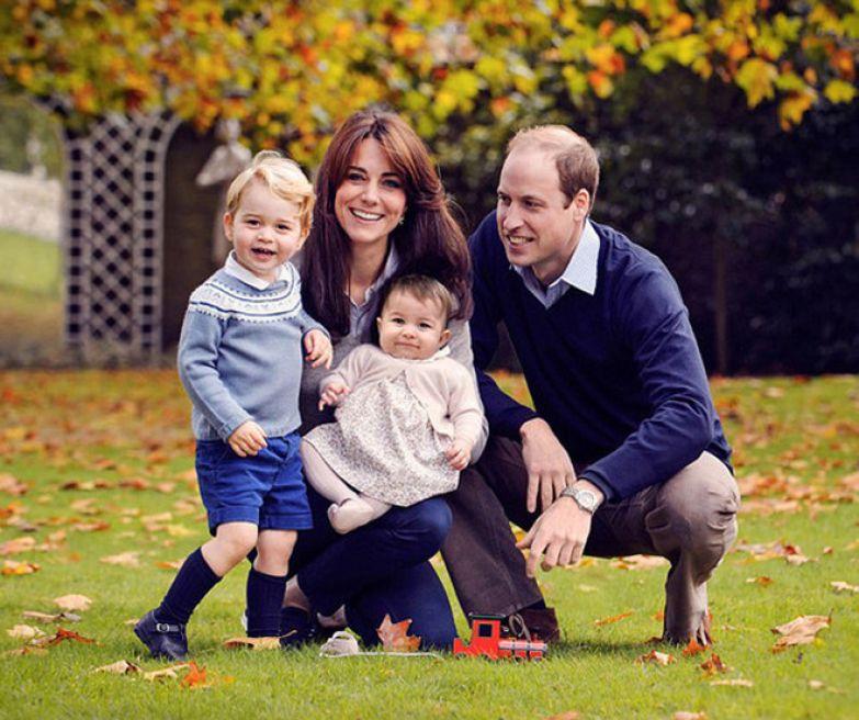 Герцогиня Кэтрин и принц Уильям с детьми