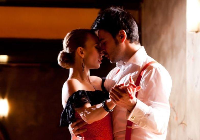 «Зачем тебе мужчина, который тебя торопит?» 7 мудрых истин учителя танго, у которого я научилась не только танцевать
